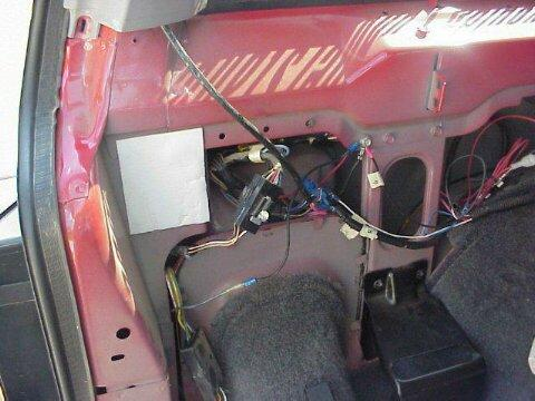 Jeepin.com » Wiring your XJ for trailer towing on trailer plugs, trailer generator, trailer brakes, trailer mounting brackets, trailer fuses, trailer hitch harness,